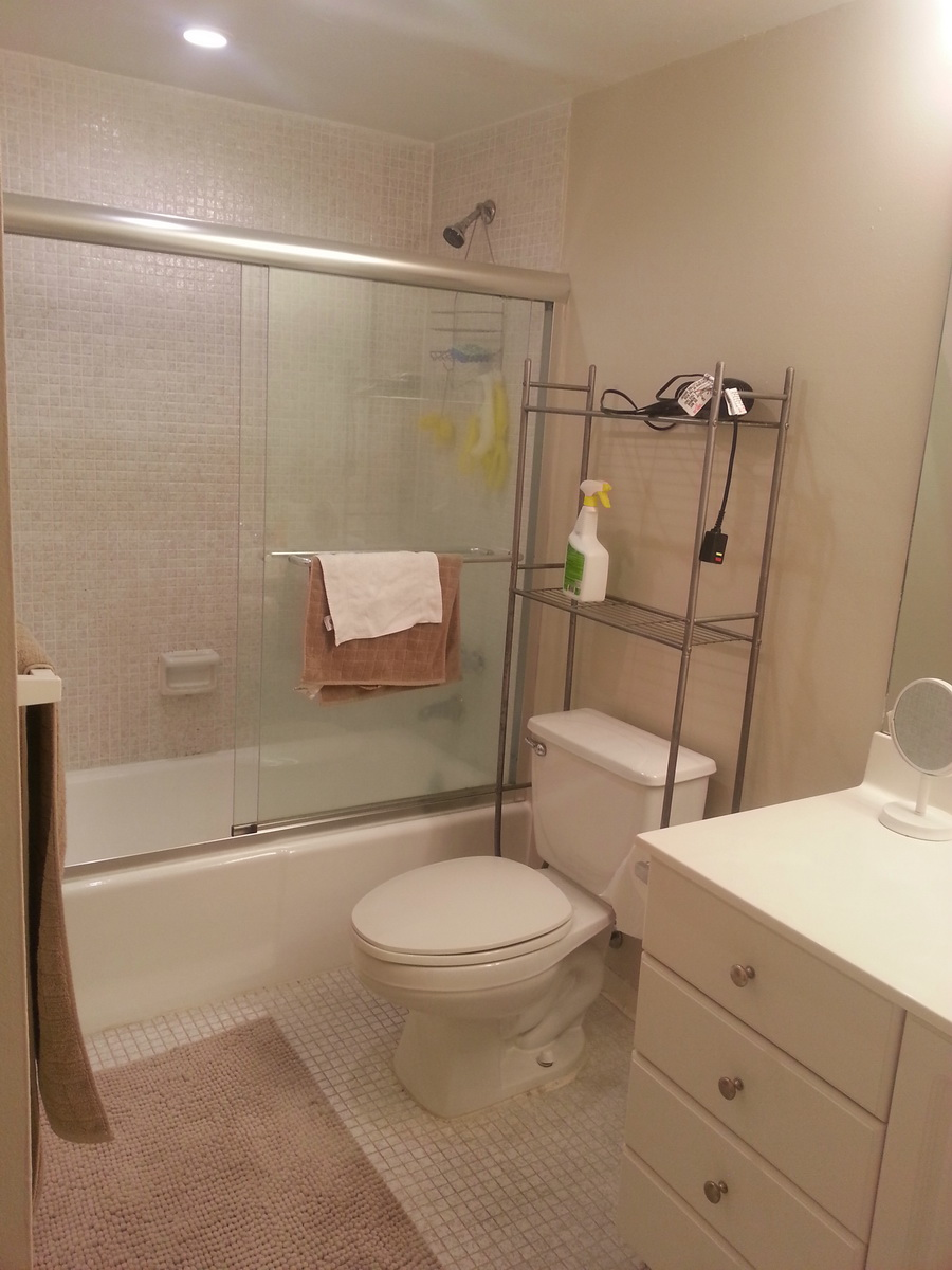 One bedroom apartment at the south end of Sunny Isles