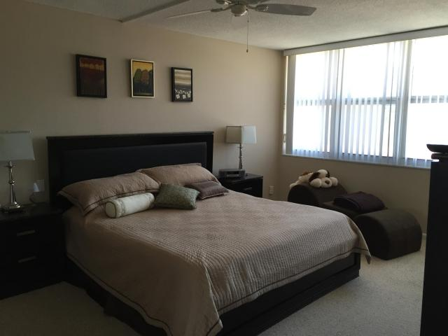 One bedroom apartment in Hallandale